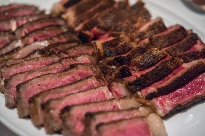 Fleisch enthält Zink welches die Produktion von Testosteron ankurbelt