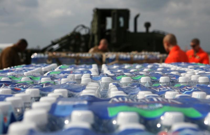 Trinkwasser aus Flaschen - Die böse Seite der Industrie
