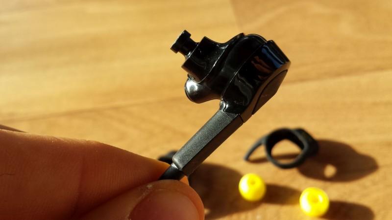 Ohrstecker des Jabra Sport Pulse Wireless ohne Aufsätze