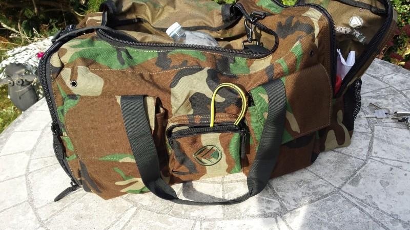 Die befüllte King Kong Bag 3.0 Camo