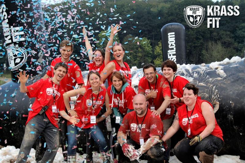 Freiwillige Helfer bei der KrassFit Challenge 2014 in Ostwestfalen