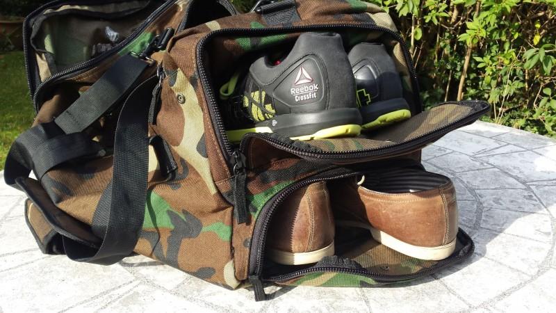 Die King Kong Bag 3.0 bietet zwei besondere Schuhfächer