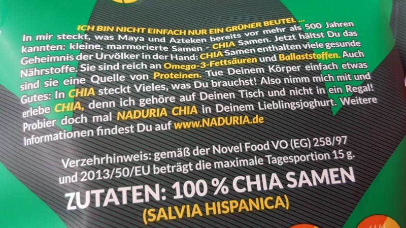 Chia Samen werden häufig mit vielen Ballaststoffen und Omega-3-Fettsäuren beworben