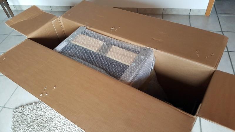 Die Klimmzugstange von HOLD STRONG im Karton (HS-KE-W6)