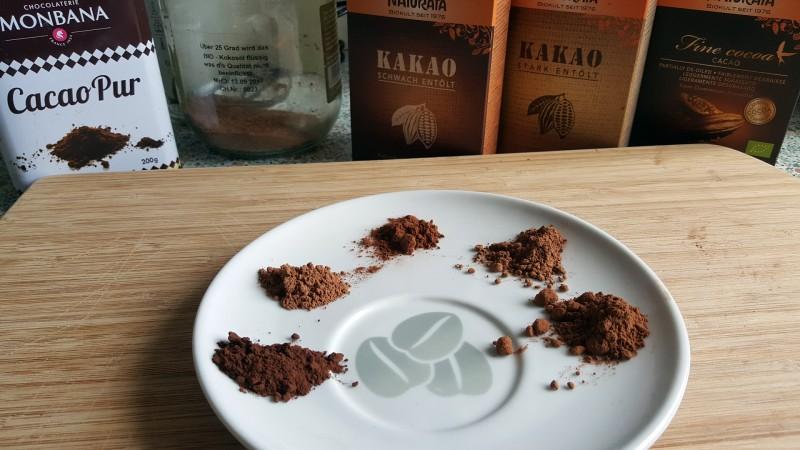 Die Farben der Kakaopulver im Vergleich