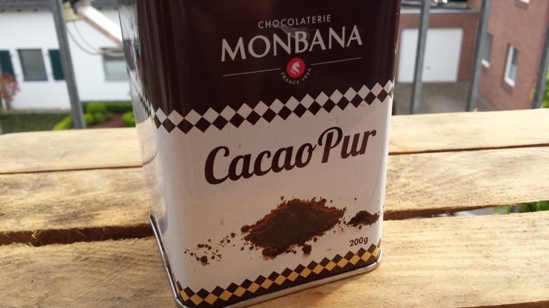 Rohres Kakaopulver ist eins meiner Favoriten (Hier von Monbana)