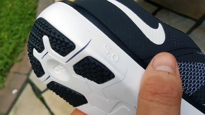 Die Zahl der Nike Free beschreibt die Nähe zum Barfußgefühl