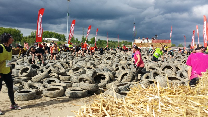 Der Reifen Hai beim StrongmanRun am Nürburgring
