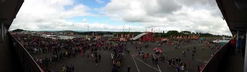 Panorama von oben über das Eventgelände vom StrongmanRun am Nürburgring 2017
