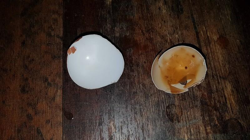 Zahnverfärbung durch Balsamico Creme (Vorher/Nachher mit Eierschalen-Versuch)